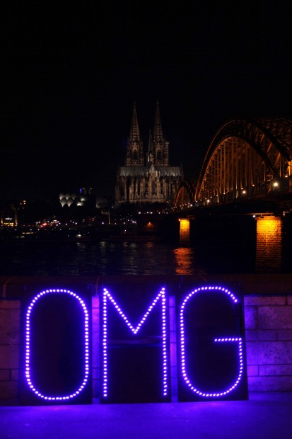 LED-letters in front of the Cologne Cathedral and the Hohenzollern Bridge