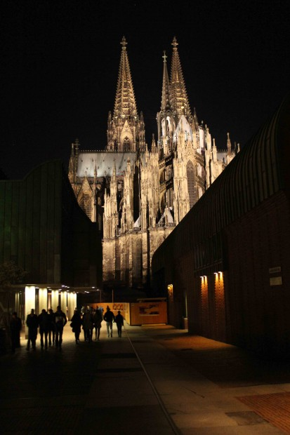 """Cologne Cathedral """"Kölner Dom with the Philharmony in front"""