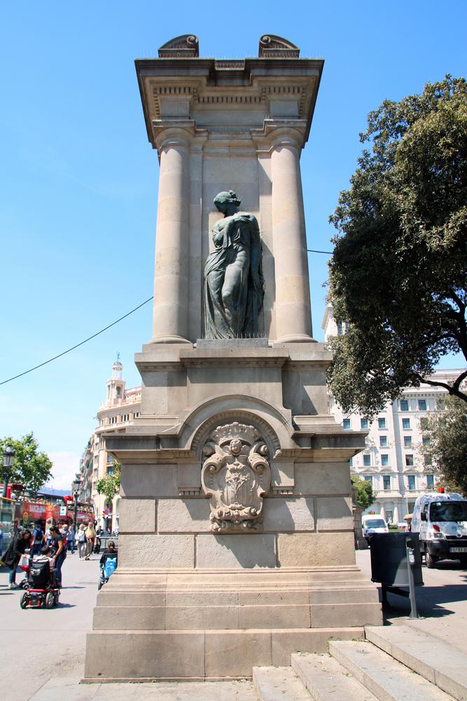 Statue Placa de Catalunya Barcelona Spain