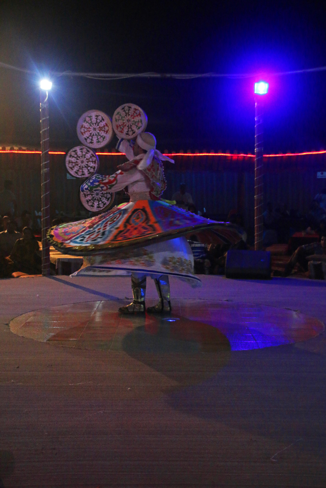 Eine Wüstensafari in Schardscha - der tanzende Derwisch