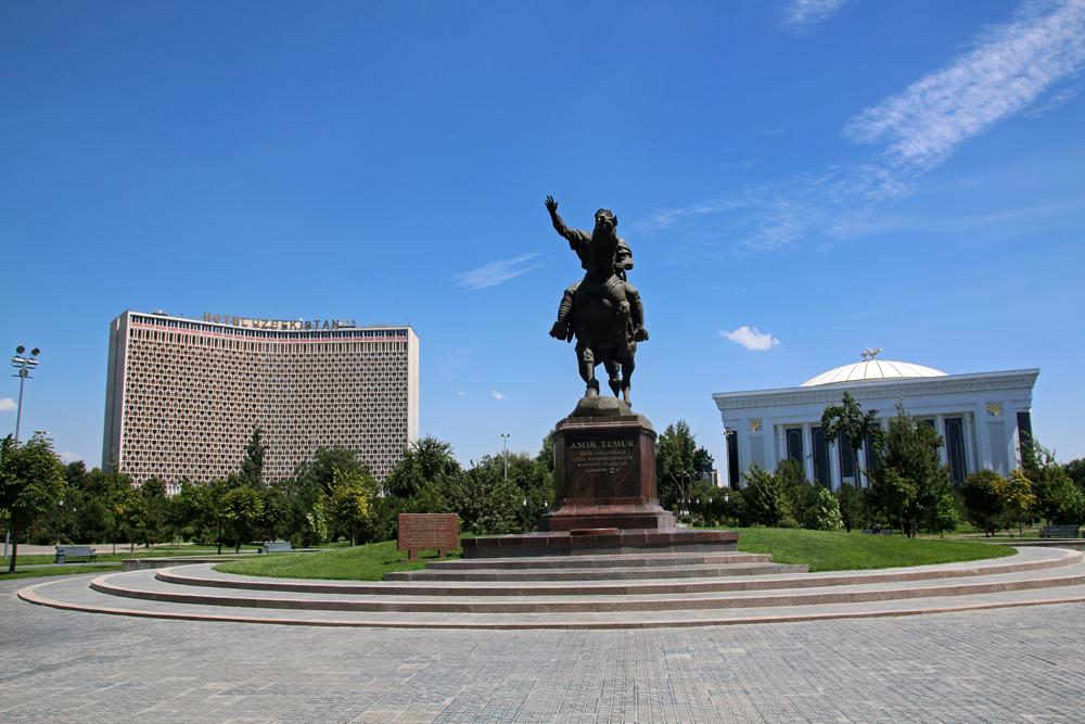 Höhepunkte von Taschkent Amir-Timur-Denkmal