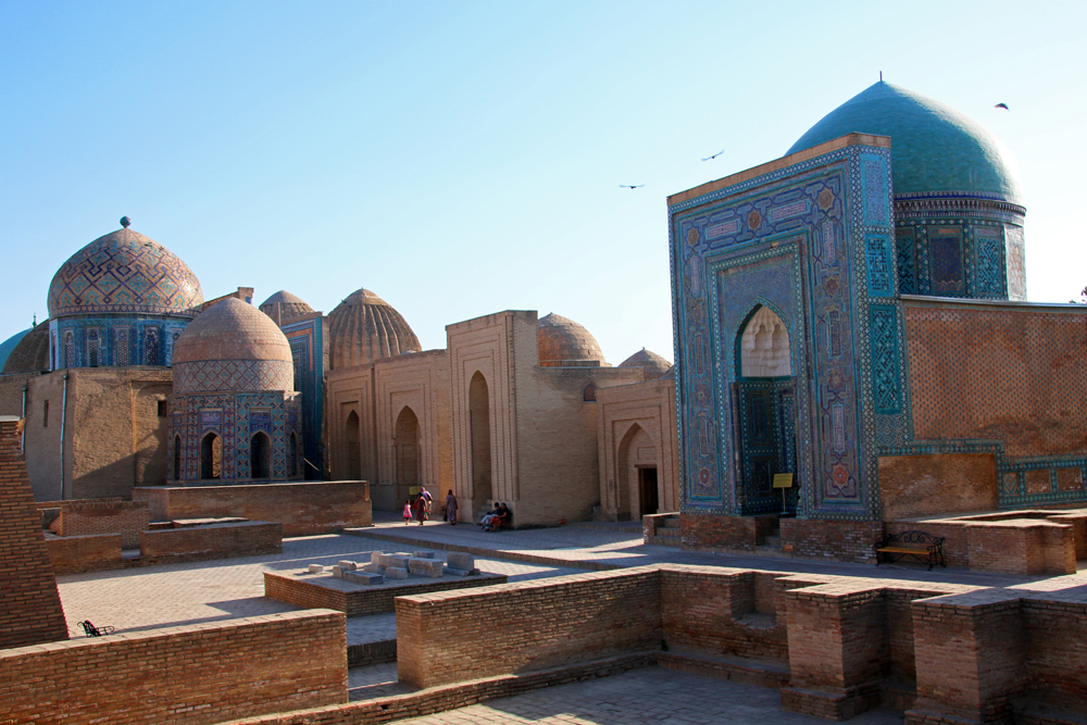 Travel blogger review 2016 - Shah-i-Zinda in Samarkand, Usbekistan