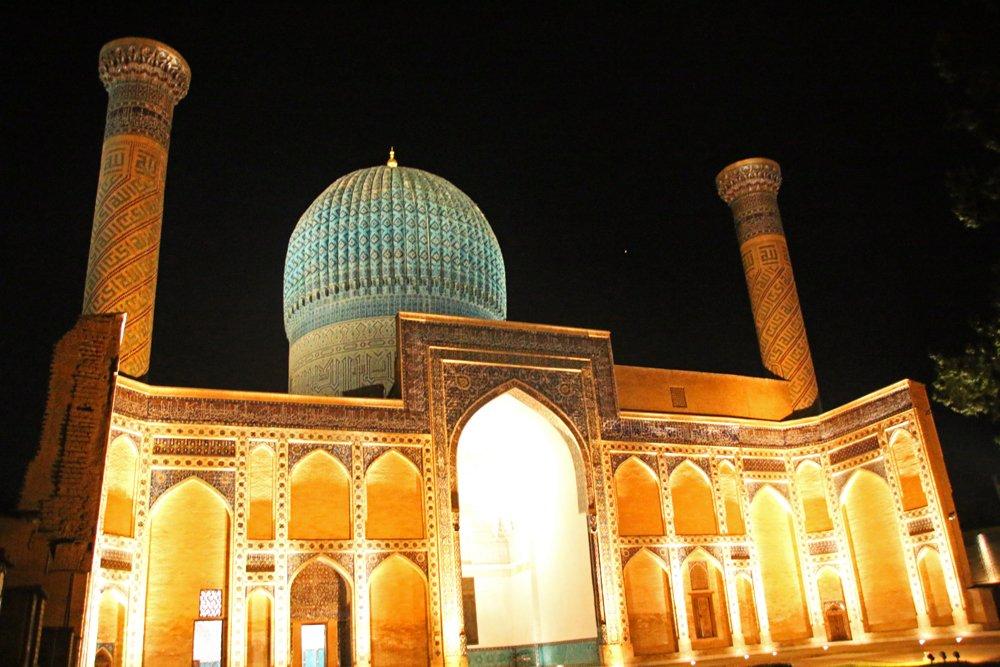 Reiseblogger-Rückblick 2016 - Gur-Emir-Mausoleum in Samarkand bei Nacht