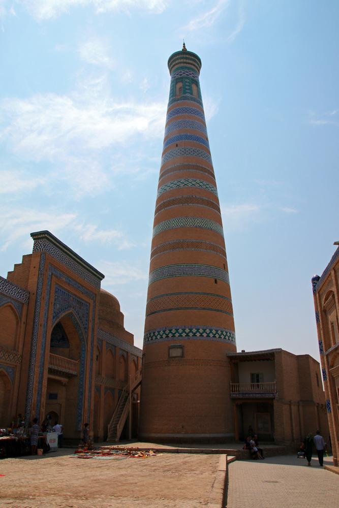 Travel blogger review 2016 - Islom Xoja minaret in Khiva, Uzbekistan
