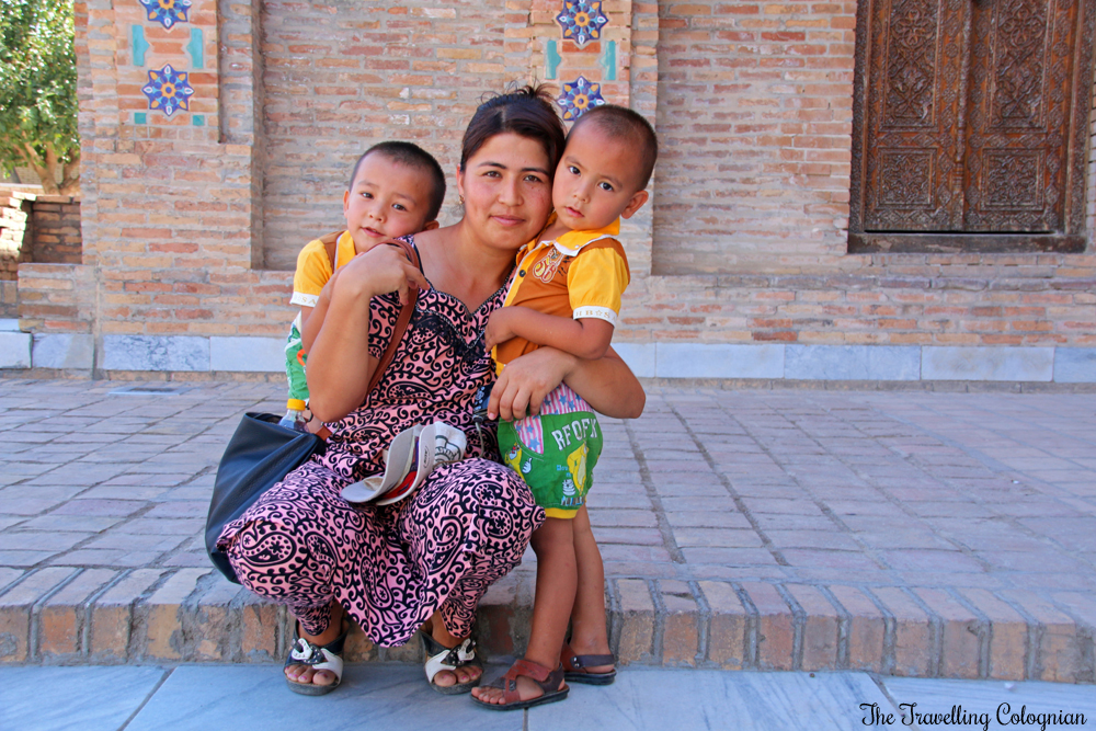 The Jewels of Samarkand - Gur-E-Amir Mausoleum - Uzbek Mom with children