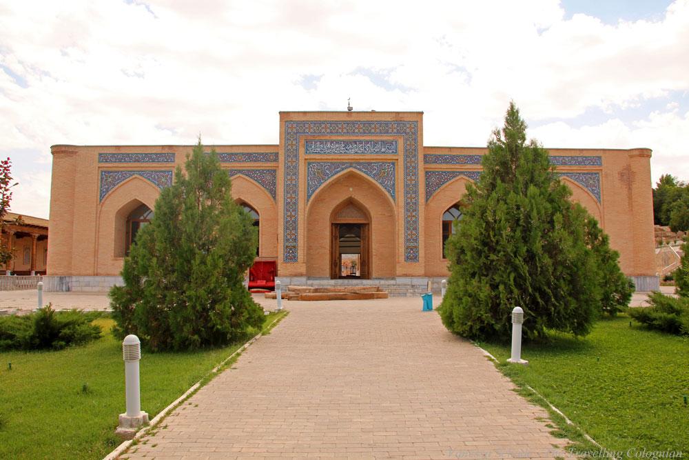 Nurata-Kysylkum-Usbekistan-Chashmakomplex-Eingangsbereich