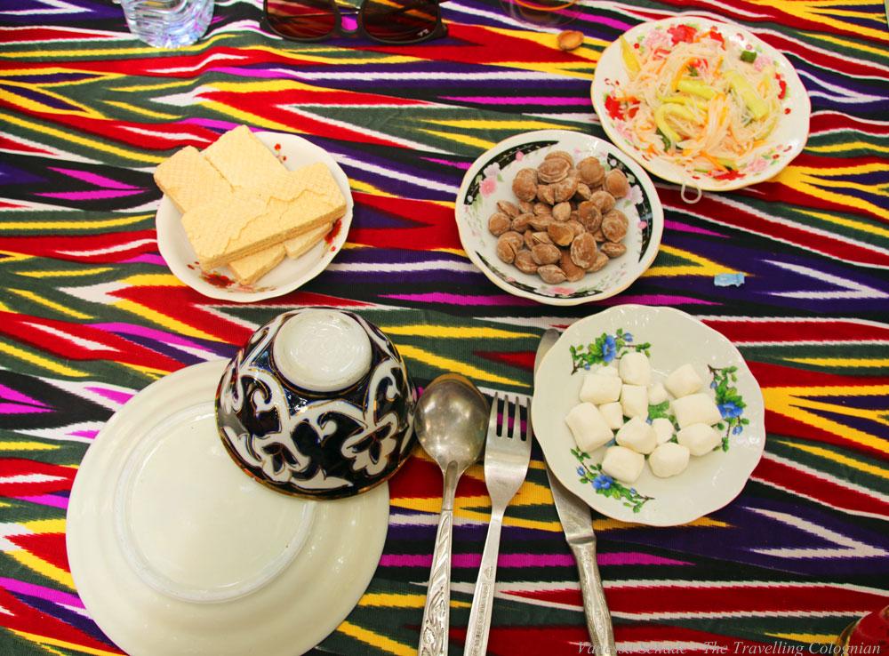 Nurata-Kysylkum-Usbekistan-Restaurant-Nur-Vorspeisen