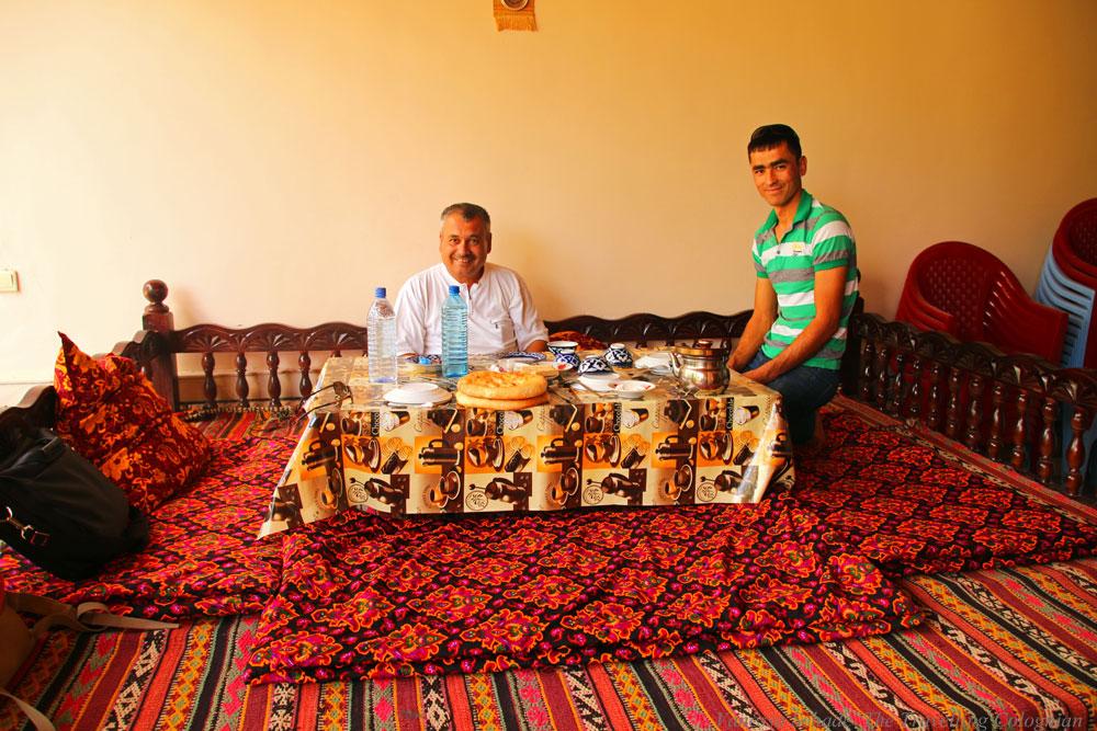 Nurata-Kysylkum-Uzbekistan-Restaurant-Nur
