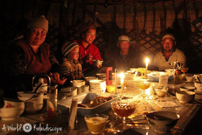 Tipps Kasachstan Kirgistan Tadschikistan Jurte Dinner Zentralasien ASIEN