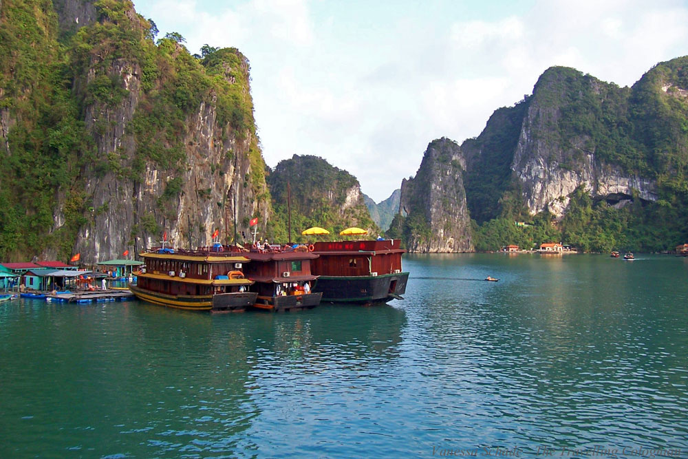 Dschunken Halong-Bucht Vietnam Südostasien ASIEN